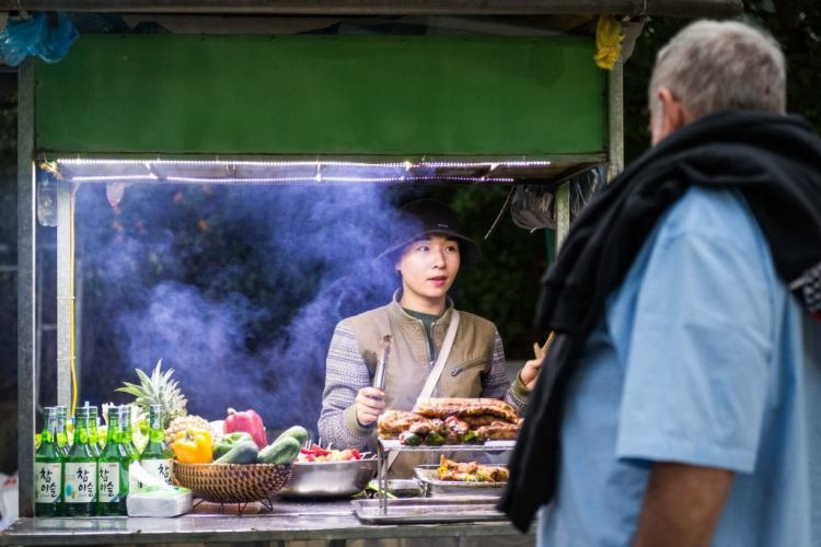 food-food-cart-man-3024595