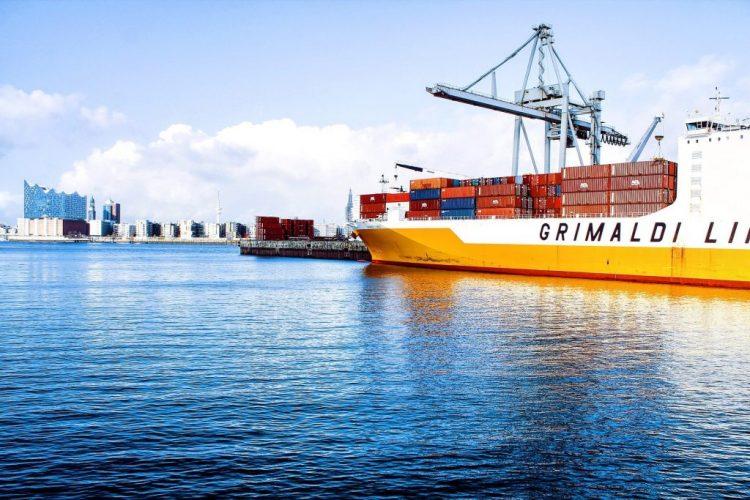 ship cargo trade